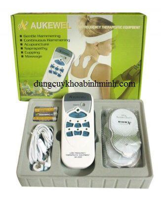 hinh-mAy-massage-xung-DiEn-aukewel-4-miEng-dAn